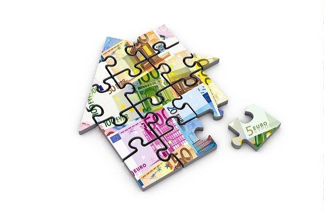 puzzle ve tvaru domu